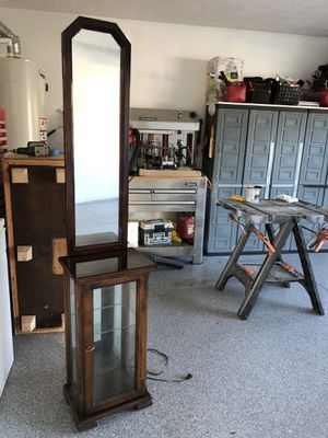 Curio Cabinet for Sale in Gallatin, TN