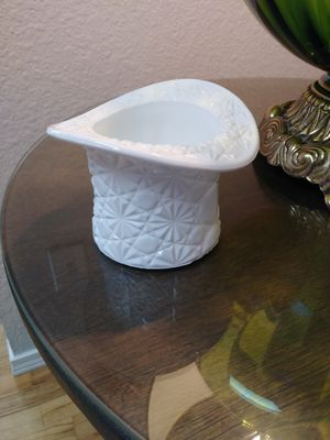 Milk Glass Daisy and Button for Sale in Puyallup, WA