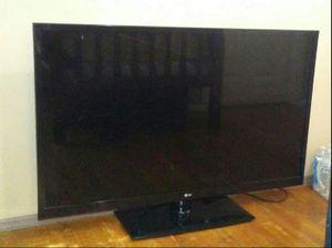 LG 42' Flat Screen for Sale in Riverside, CA