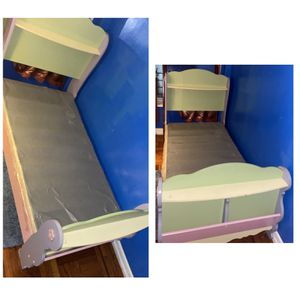 Flower Twin Bed for Sale in The Bronx, NY