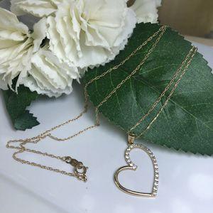 10k gold chain with heart pendant for Sale in Manassas, VA