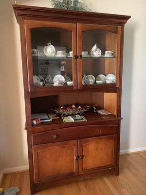 China cabinet for Sale in Laurel, MD