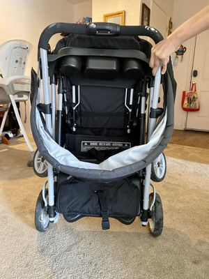 Grayco click connect sit and stand double stroller for Sale in Englewood, CO