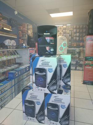 Bluetooth rechargeable speakers for Sale in Hialeah, FL