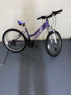Brand new RoadMaster mountain bike need gone asap! Size 26 for Sale in Lanham, MD