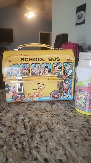 1960s Disney schoolbus lunch tin for Sale in Georgetown, TX
