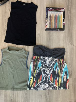Tops and makeup for Sale in Katy, TX