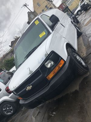 Chevy express 07 for Sale in Philadelphia, PA