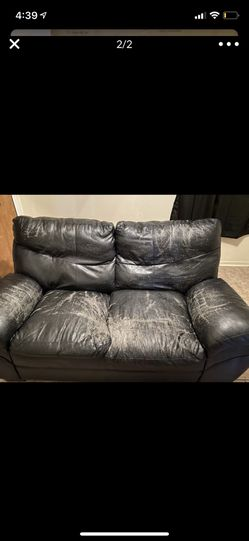 FREE Couch Set for Sale in Killeen,  TX