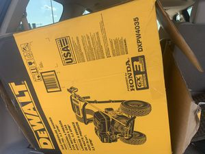 4000 psi pressure washer DEWALT for Sale in Annapolis, MD