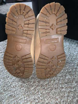Woman timberland boots for Sale in Wheeling, IL