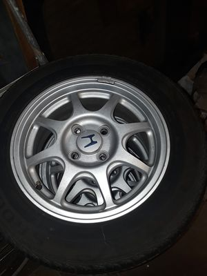 Honda rims with tires for Sale in Artesia, CA