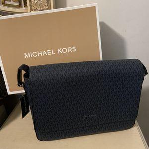 New!!! Mk Messenger Bag/suite Case for Sale in Lakewood, CA