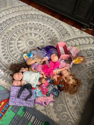Large pile of girl toys/dolls for Sale in Orting, WA