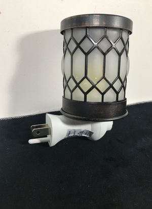 Scentsy night light warmer: mp-005 for Sale in Las Vegas, NV