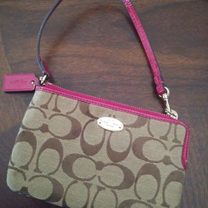 Coach Wristlet for Sale in Hollywood, FL