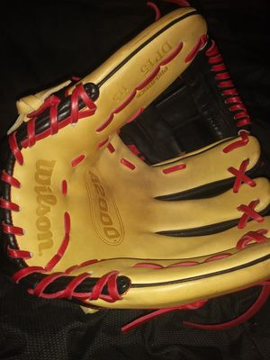 Baseball glove a2000 for Sale in West Jordan, UT