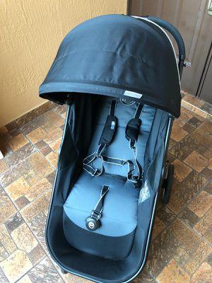 Cybex Agis M 4 Stroller for Sale in Miami, FL