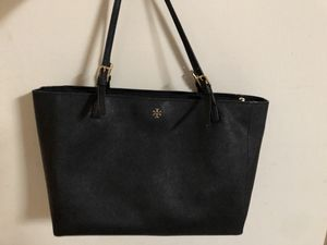 Tory Burch Large Size York Tote for Sale in San Francisco, CA