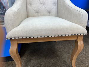 2 CREAM ACCENT CHAIRS W/ NATURAL OAK WOODEN LEGS for Sale in Las Vegas, NV