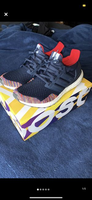 adidas UltraBoost 1.0 Multi-Color Toe Navy for Sale in Gallatin, TN