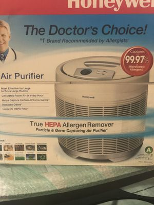 NEW Honeywell 50250-S True HEPA Allergen Reducer & Germ Fighting Air Purifier for Sale in Twinsburg, OH