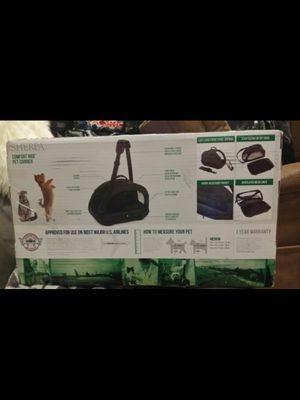 Sherpa comfort ride pet carrier. Medium size for dog or cat up to 16 Lbs. for Sale in Tolleson, AZ
