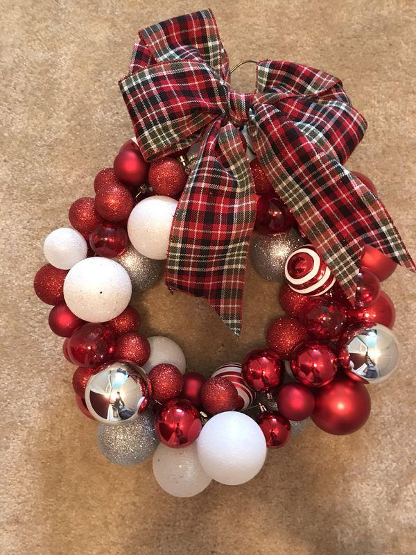 Christmas Ornament Wreath- Handmade!