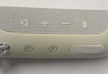 JBL Flip 4 Portable Speaker for Sale in Wenatchee,  WA