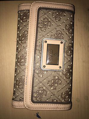 Ladies Guess Wallet for Sale in Chicago, IL