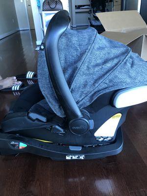 Evenflo Car Seat/Base for Sale in Atlanta, GA