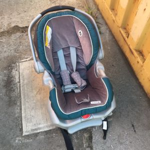 Graco Carseat for Sale in Oakland, CA
