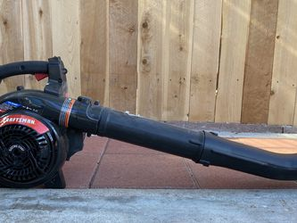 Craftsman Leaf Blower for Sale in Los Angeles,  CA