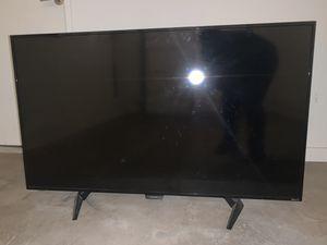 50 inch Sharp roku smart tv for Sale in Chandler, AZ