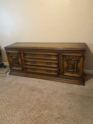 free dresser for Sale in Queens, NY