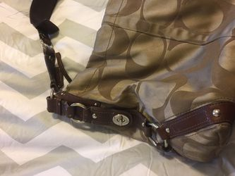 Coach large size shoulder bag for Sale in Lorton,  VA
