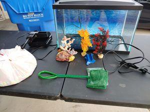 5 Gallon Fish Tank for Sale in Phoenix, AZ