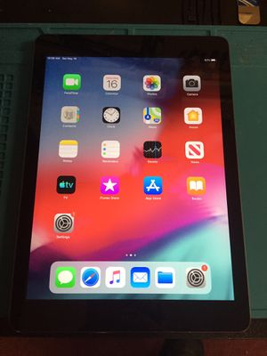 iPad Air 1 for Sale in Charlottesville, VA