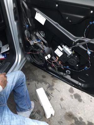 I hook up door speakers in car stereos in beat for Sale in Los Angeles, CA