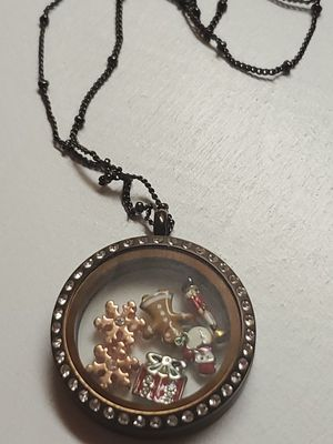 Orgami owl living locket necklace and charms for Sale in Pamplin, VA