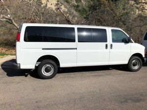 2001 Chevy Express G2500 for Sale in San Diego, CA