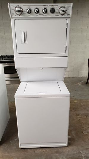"WHIRLPOOL 27"" STACKABLE WASHER AND GAS DRYER SET for Sale in Covina, CA"