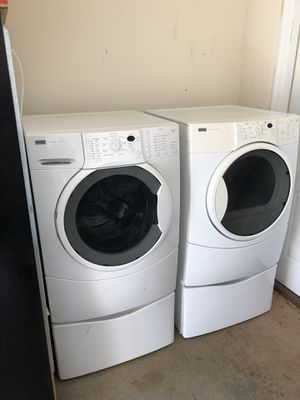 Kenmore Elite Washer and Gas Dryer for Sale in Frederick, MD