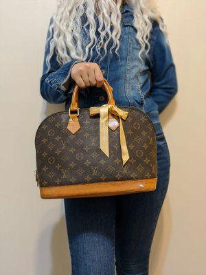 Authentic Louis Vuitton Monogram Alma for Sale in Katy, TX