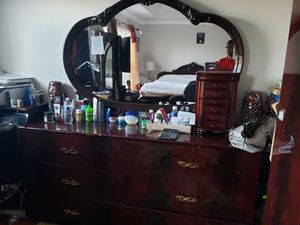 Beautiful Oak Shining Dressing table with mirror and six( 6 )drawers for Sale in Sterling, VA