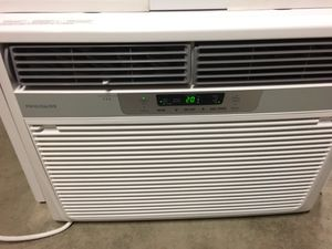 Frigidaire Air Conditioning Unit (AC) 1533 for Sale in Snoqualmie, WA