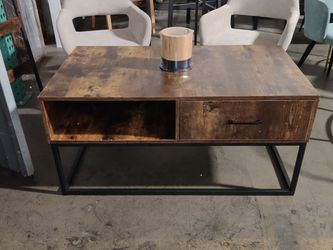 Rustic Brown Coffee Table With Storage for Sale in Buena Park,  CA