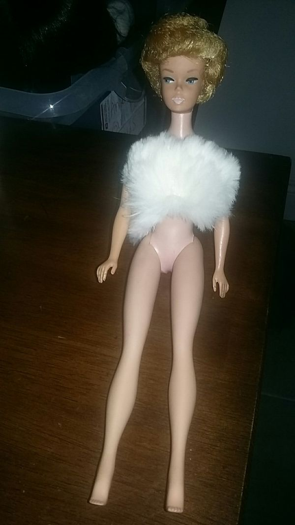 Vintage Barbie White Ginger BubbleCut 1962 Doll