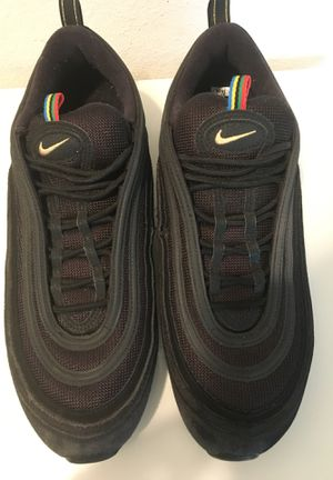 Great used men size 12 Nike air max shoe In great condition for Sale in Lorton, VA