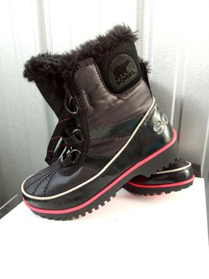 Girls Sorel boots for Sale in Chicago, IL